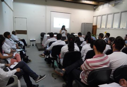 Hospital Clériston Andrade realiza campanha de incentivo a higiene das mãos e combate a infecção hospitalar